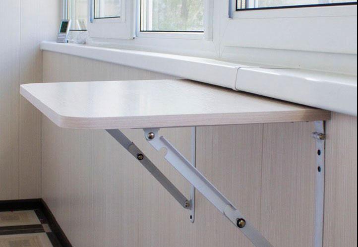 Навесной столик на балкон своими руками