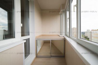 Отделка балкона в Царицыно пластиковыми панелями